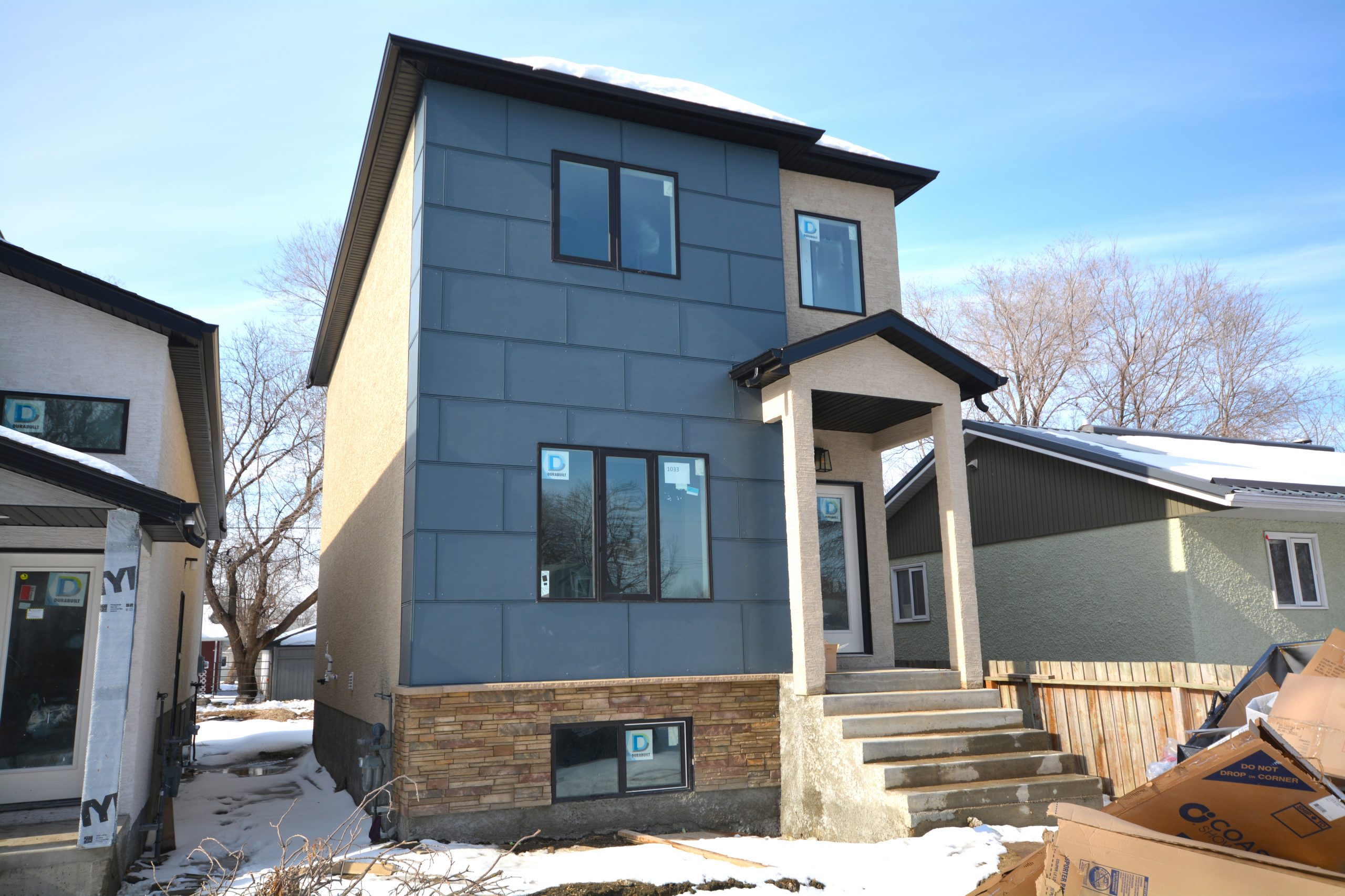 1033 Royse Ave – Brand new luxury home in West Fort Garry