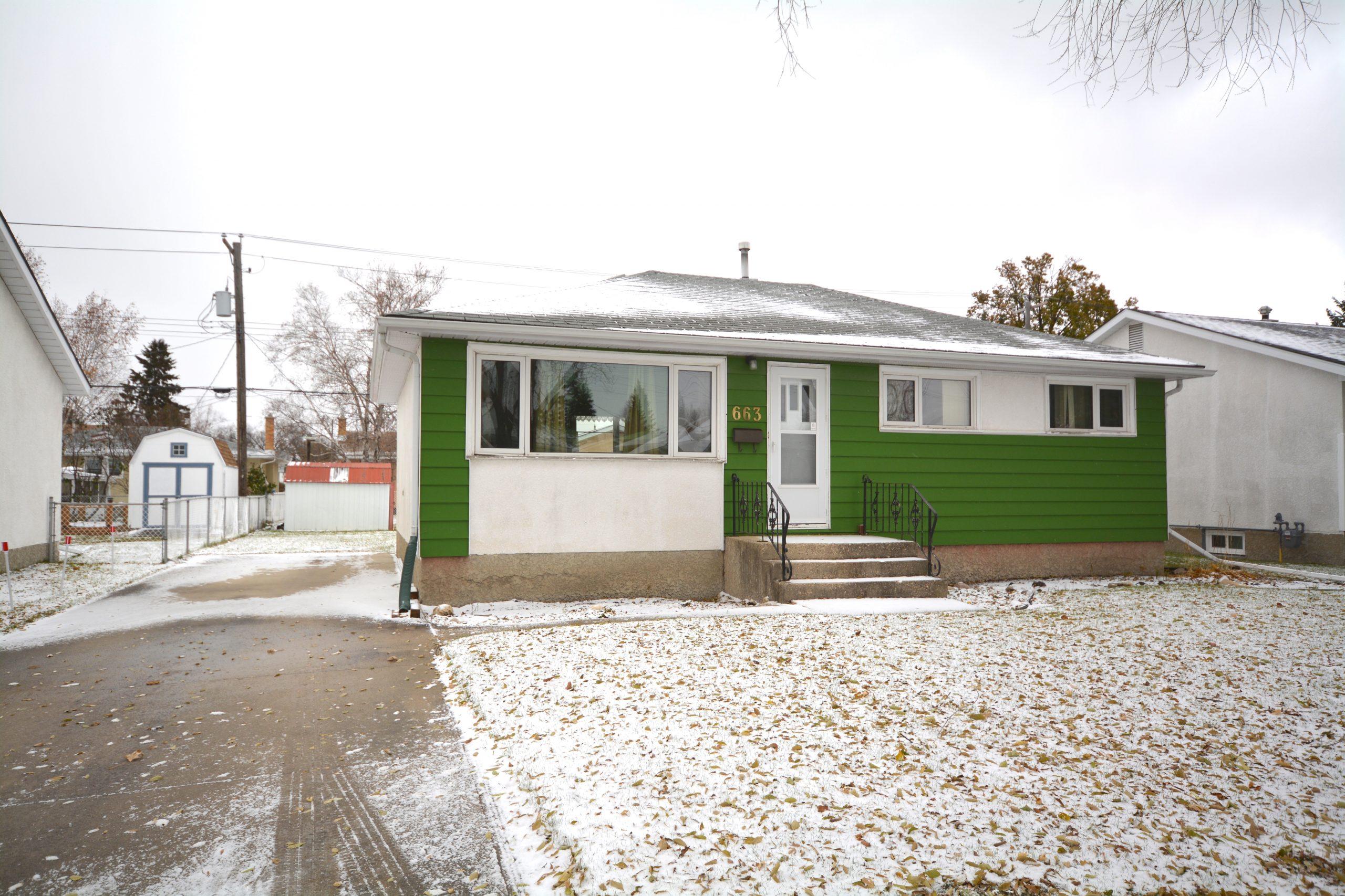 663 Oakland Ave – North Kildonan House for Sale