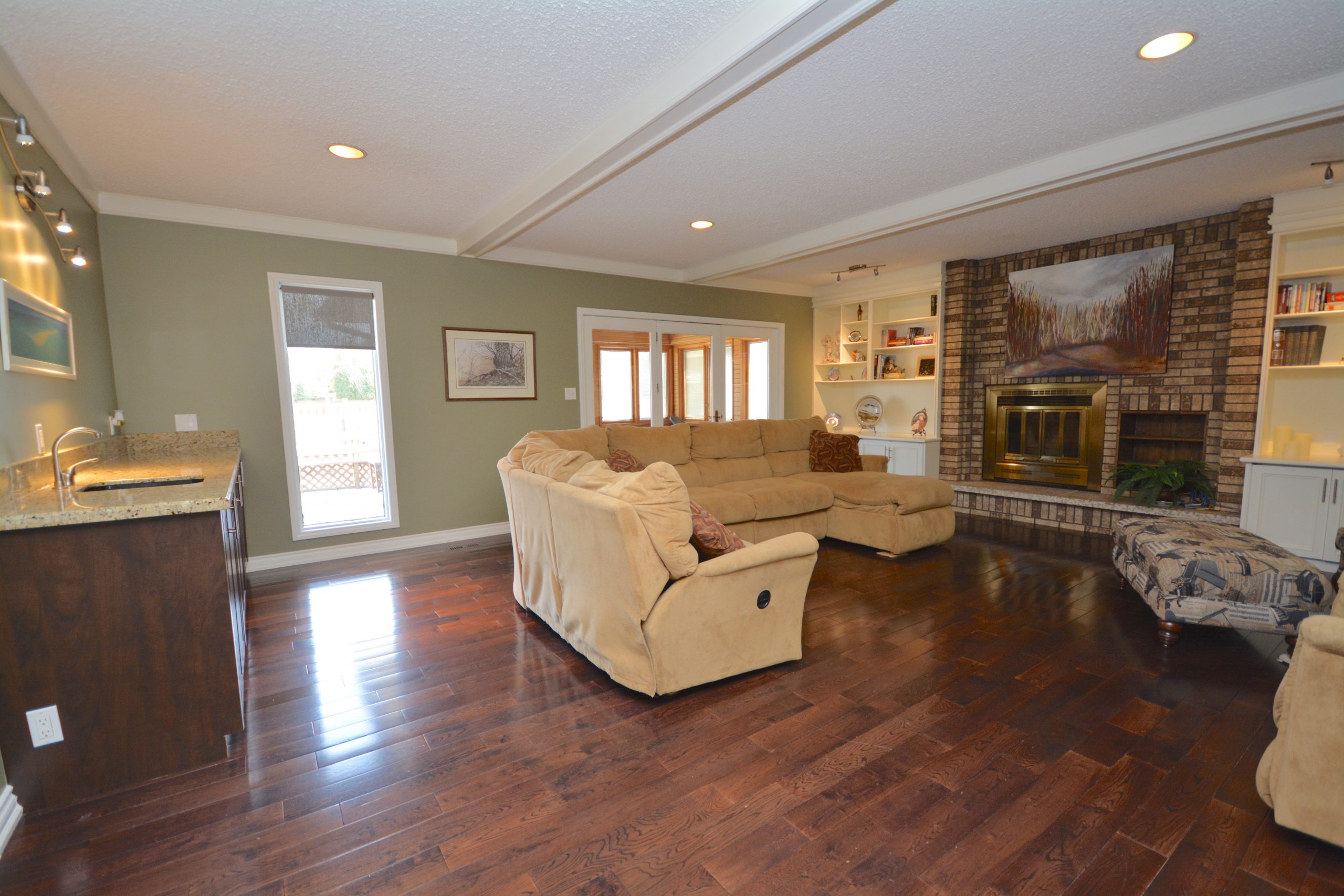 47 Attache Dr – Once-in-a-lifetime opportunity!