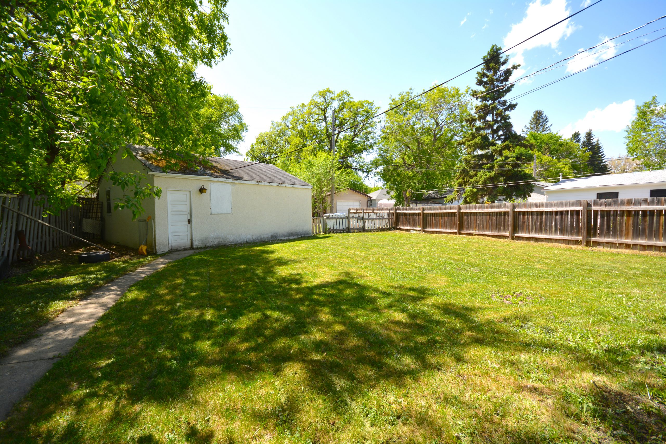 34 St. Thomas Road – St. Vital House for Sale