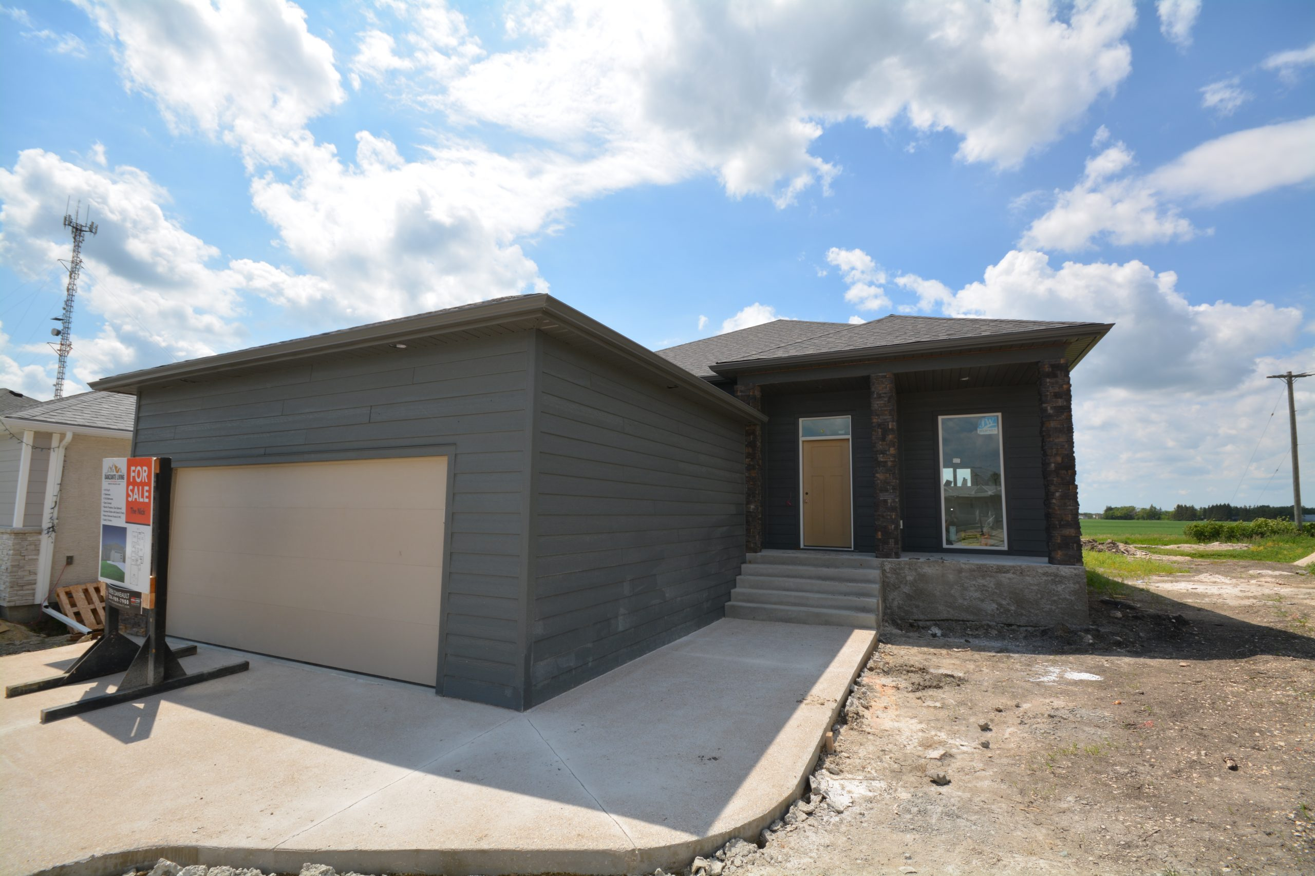 12 Pawley Place – New Home in Selkirk