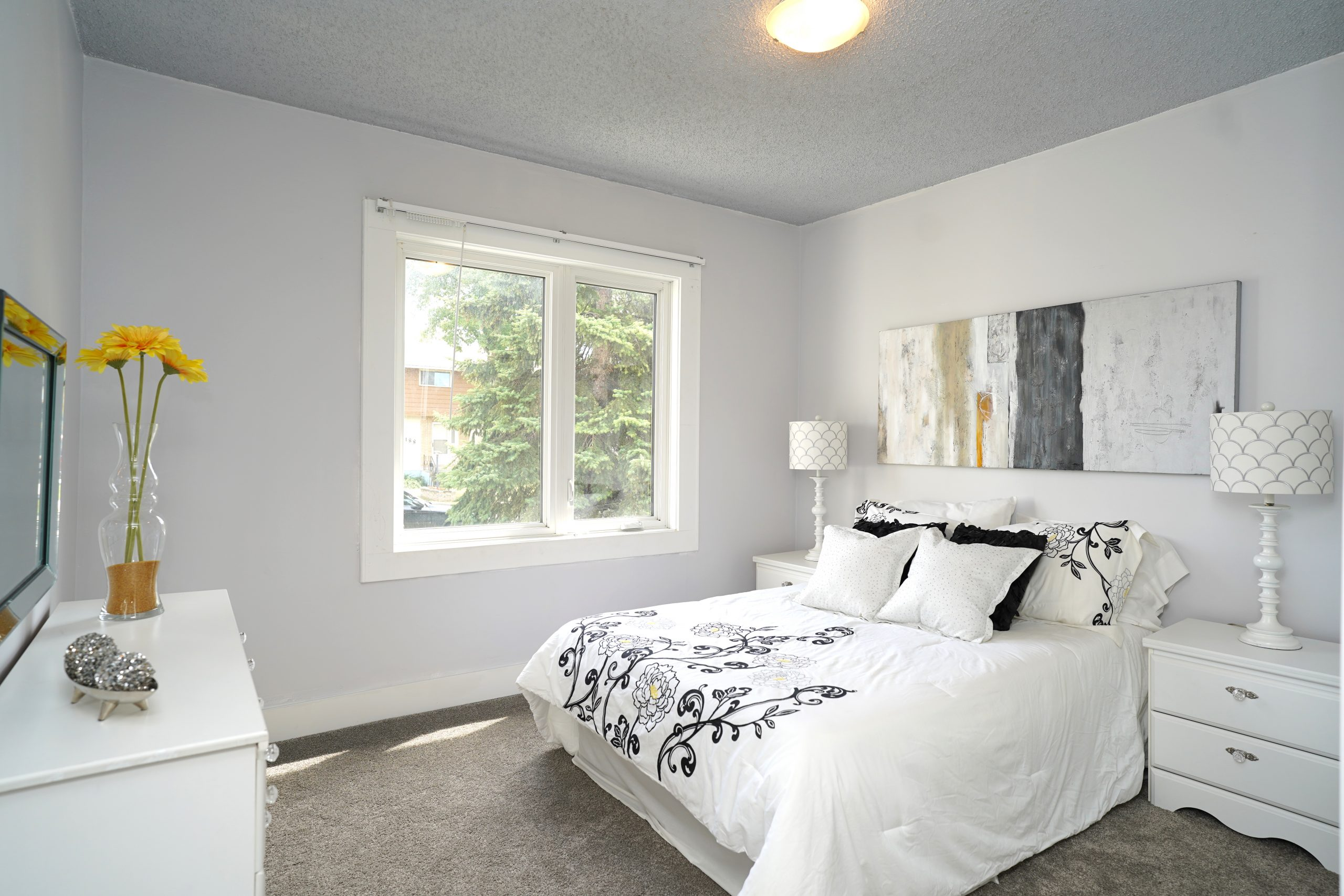 189 Portland Ave – Renovated St. Vital House for Sale