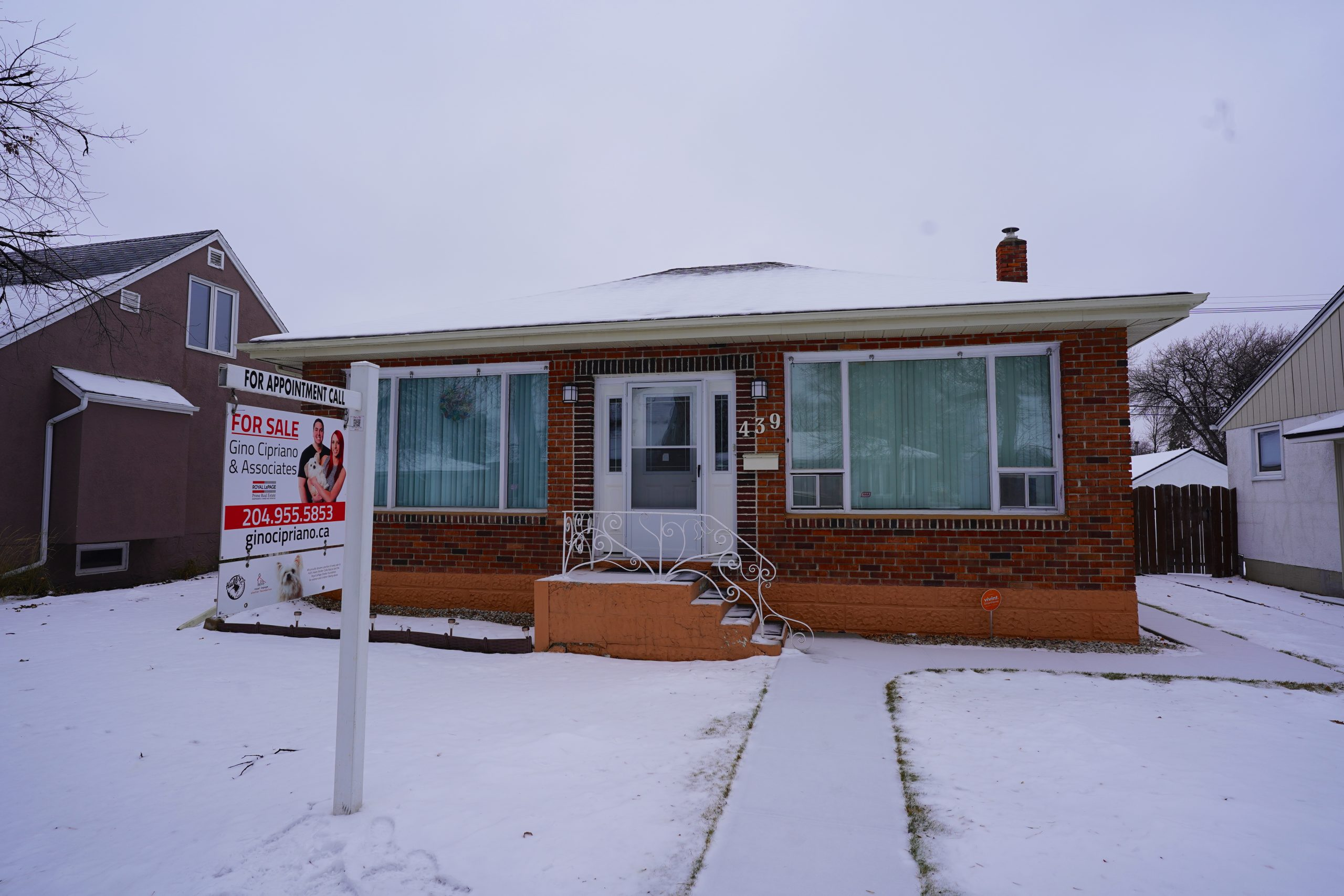 439 Seven Oaks Ave – West Kildonan