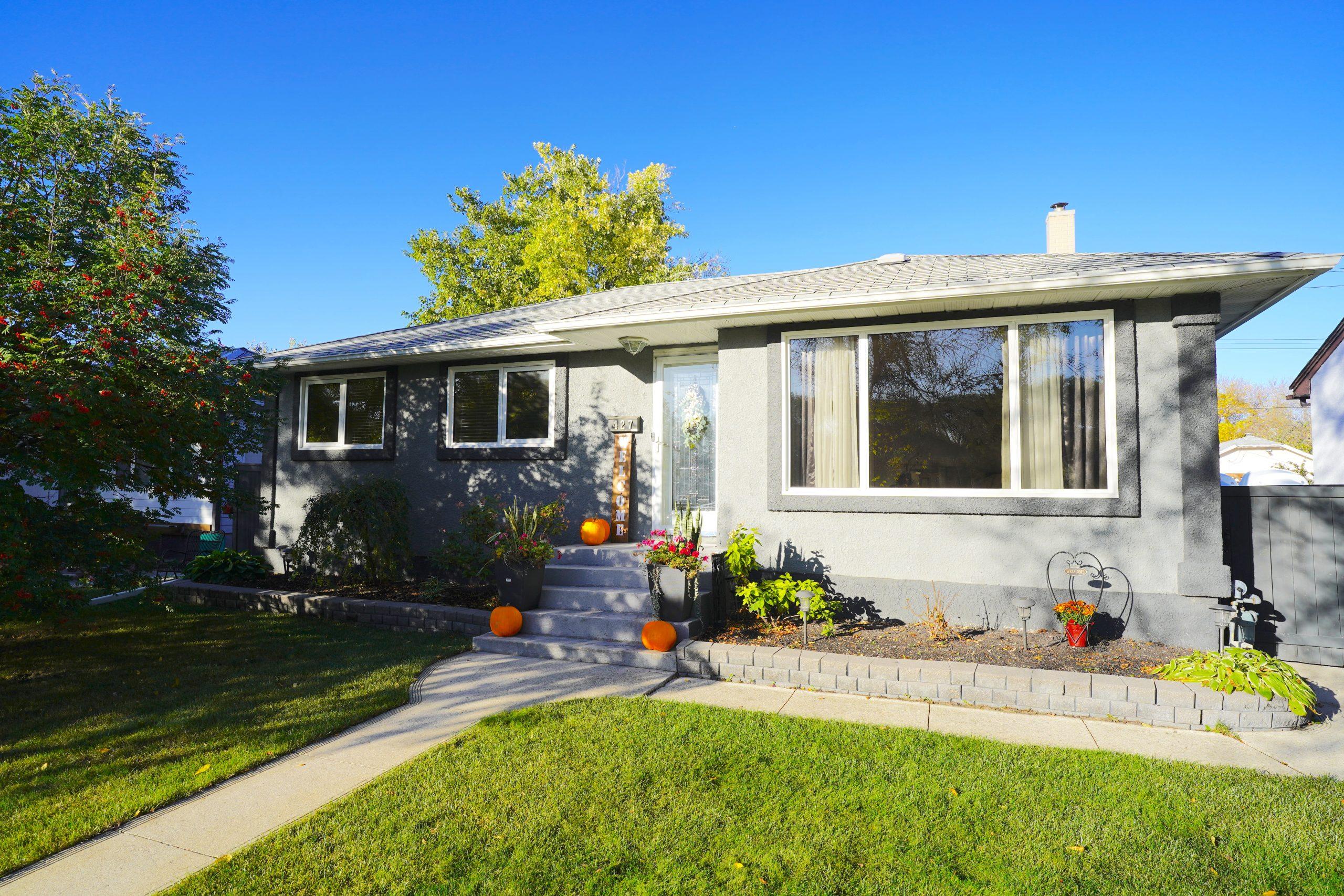 427 Hazel Dell Avenue – East Kildonan House for Sale